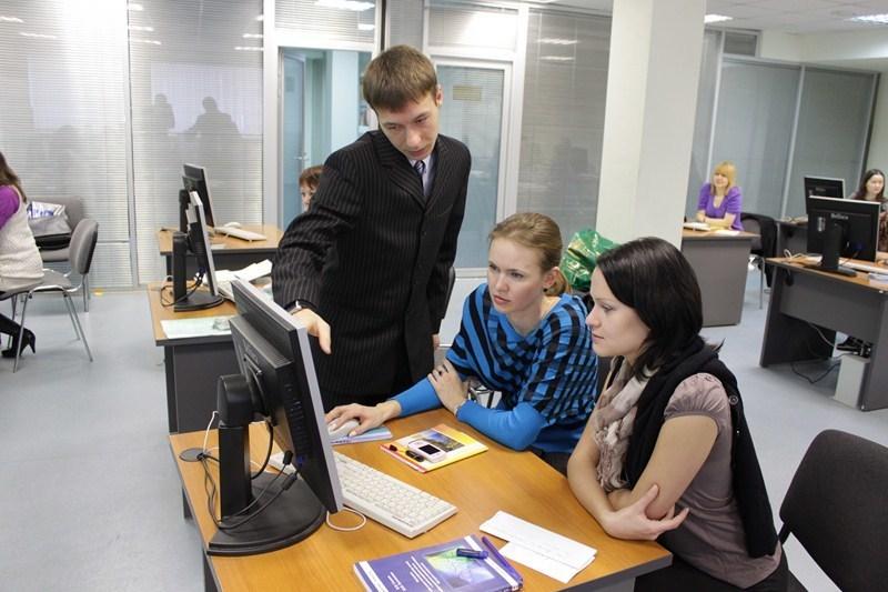 ВТУСУРе завершились курсы повышения квалификации дляпреподавателей иностранных языков