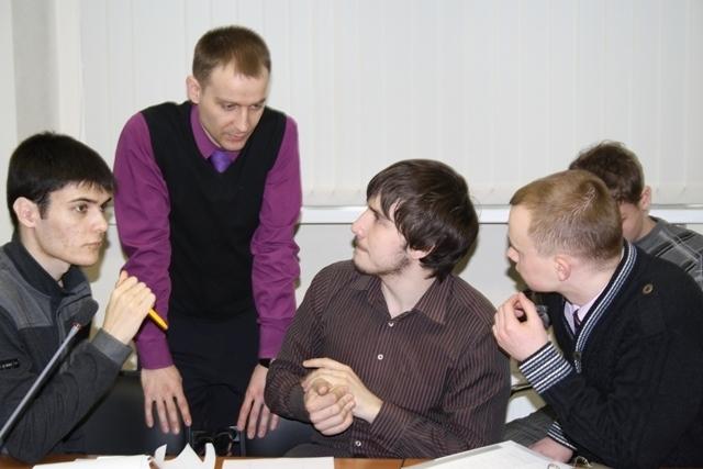 Томские школьники истуденты принимают участие вразработке Томского инновационного форума