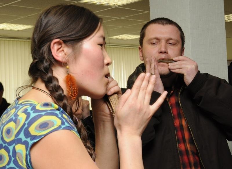 27марта вконференц-зале СБИТУСУР прошло этнокультурное мероприятие «Сибирский шаманизм»