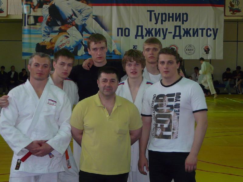Сборная команда ТУСУРа приняла участие втурнире покомбат дзюдзюцу
