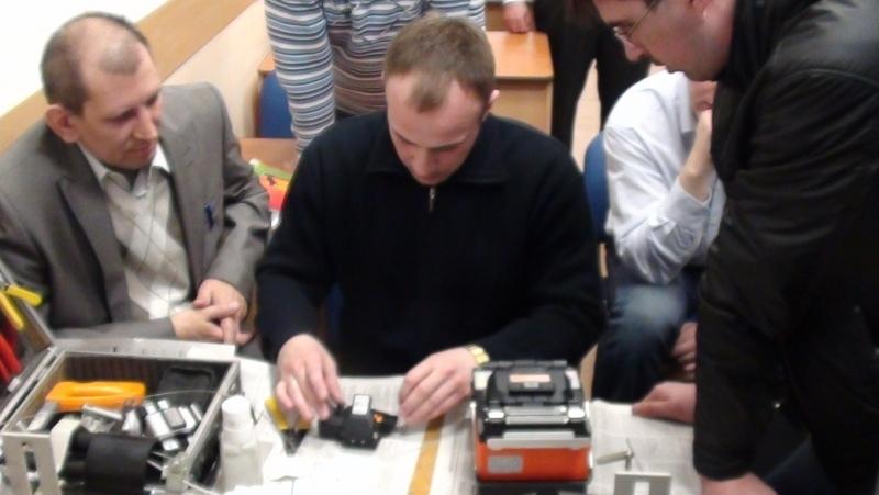 НаФПК ТУСУР прошли курсы повышения квалификации понаправлению «Волоконно-оптические линии связи: проектирование, строительство, эксплуатация»