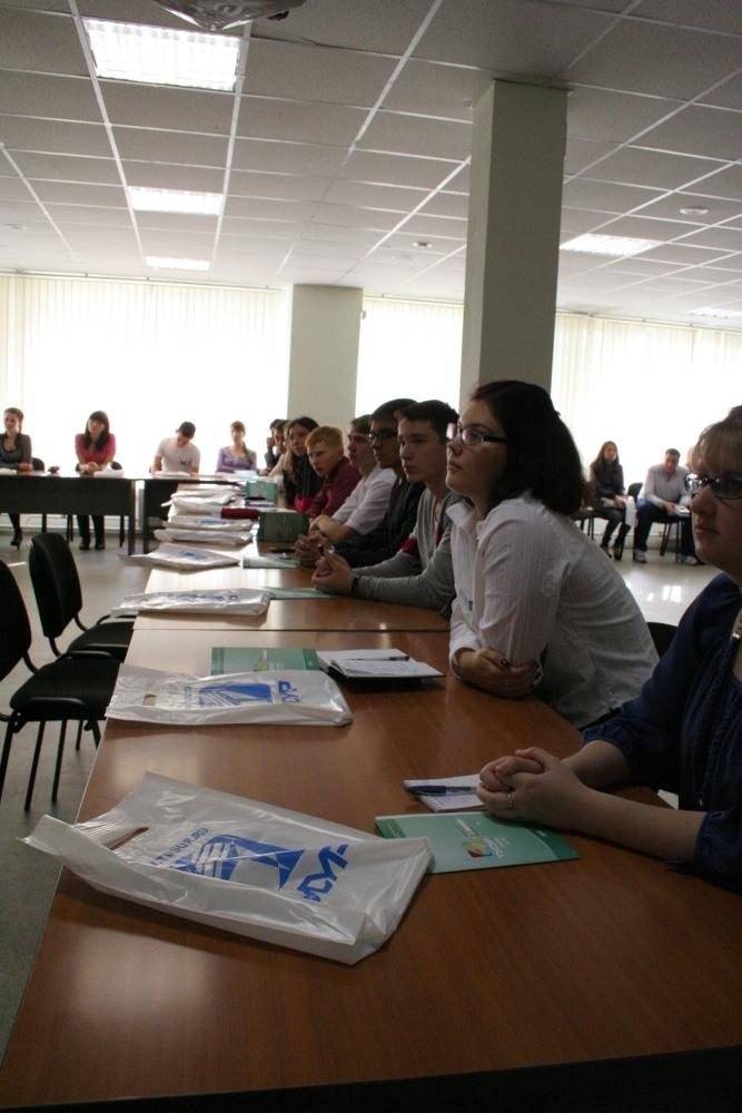 Первокурсники факультета инновационных технологий