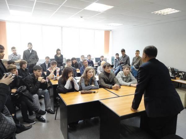 Именная аудитория профессора Е. С. Коваленко, учебная лаборатория волоконно-оптических линии связи и измерений