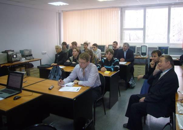 Накафедре СВЧиКР прошло заседание секции «Антенны имикроволновые устройства» VIIМеждународной научно-практической конференции «Электронные средства исистемы управления»