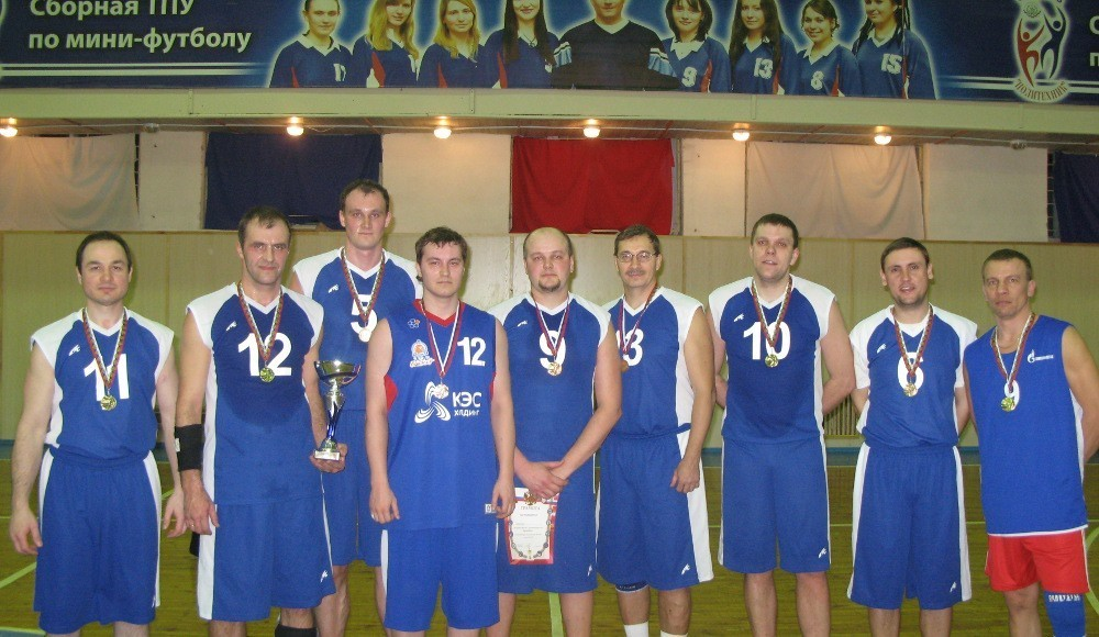 Мужская команда ТУСУРа заняла первое место вмежвузовских играх побаскетболу