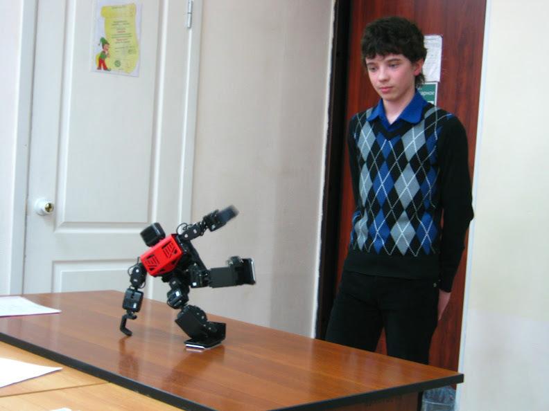 Воспитанники лаборатории робототехники приняли участие воВсероссийской конференции школьников