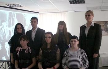 Студенты Института инноватики изучают английский язык спомощью театральных постановок