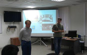 Представители компании Mirball. В. Рябчиков (слева)