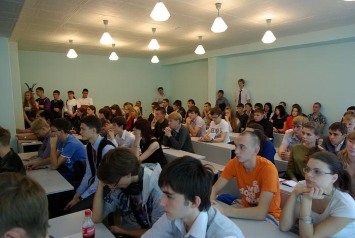 ВДень знаний накафедре КИБЭВС состоялась встреча первокурсников спредставителями факультета