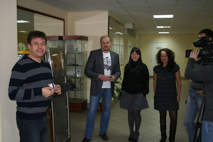 Вчера вСБИ «Дружба» былустановлен первый студенческий терминал длястудентов ФИТ