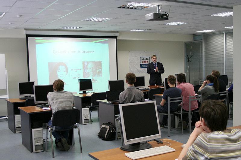 Сетевая академия Cisco ТУСУРа интегрировала академические курсы Cisco вобщие образовательные программы высшего образования