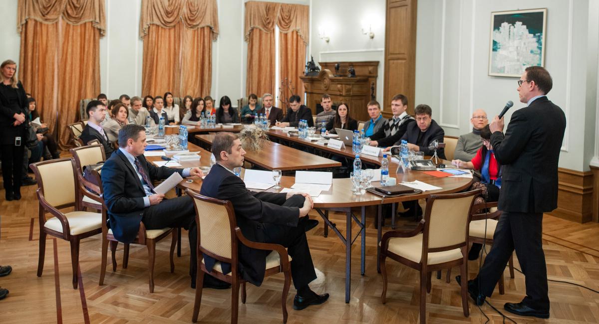 Состоялся круглый стол отчётной конференции Института инноватики ТУСУРа