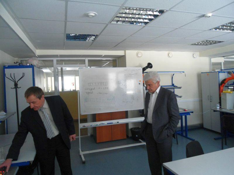 Институт инноватики ТУСУРа посетил декан факультета инноваций ивысоких технологий МФТИ