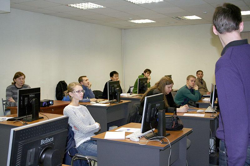 22октября приступила кзанятиям очередная группа Сетевой академии Cisco ТУСУРа
