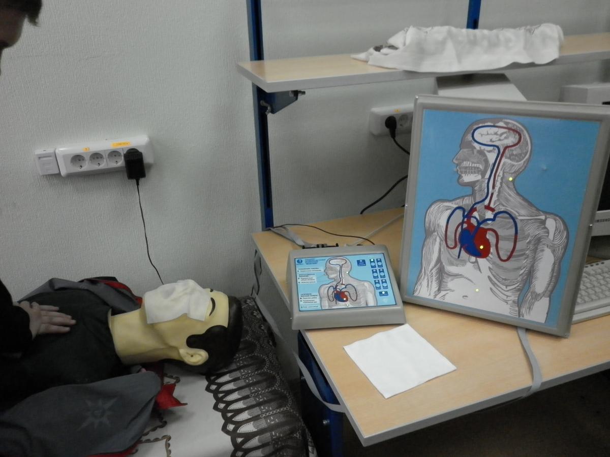Накафедре РЭТЭМ введён вэксплуатацию тренажёр сердечно-лёгочной имозговой реанимации «Максим III-01»