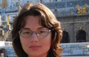 Научное управление поздравляет аспирантов целевой подготовки Е.А.Емельянову иЕ.В.Саврук суспешной защитой диссертационных работ