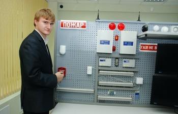 Лаборатория систем безопасности иавтоматизации кафедры КИБЭВС победила всмотре-конкурсе учебных лабораторий ТУСУРа