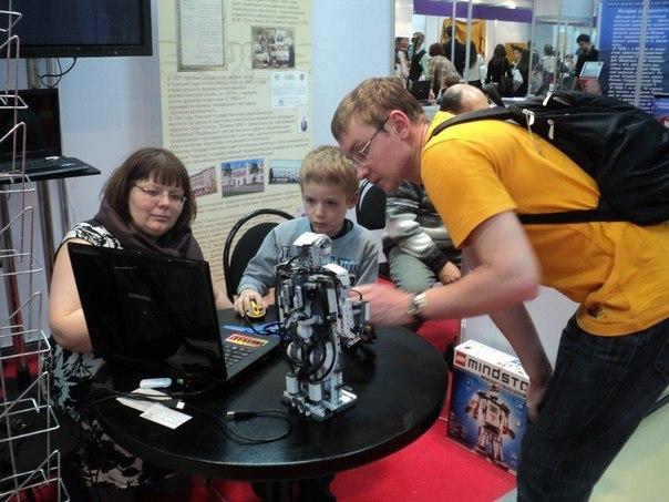 Сегодня состоится собрание длязаписи вклуб робототехники КИБЭВС