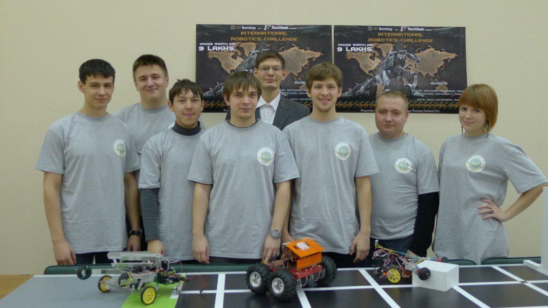 Команда ЛРИИ 2ИТУСУР успешно выступила нарегиональном российском этапе международного робототехнического фестиваля TechFest 2013–14