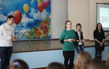 Студенты гуманитарного факультета встретились спотенциальными абитуриентами