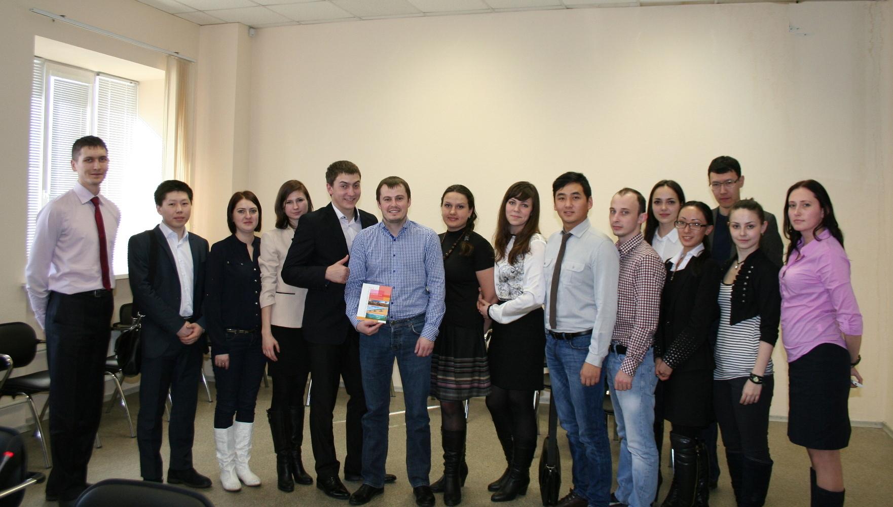 Предприниматели изБарнаула познакомились сдеятельностью МСБИ «Дружба»