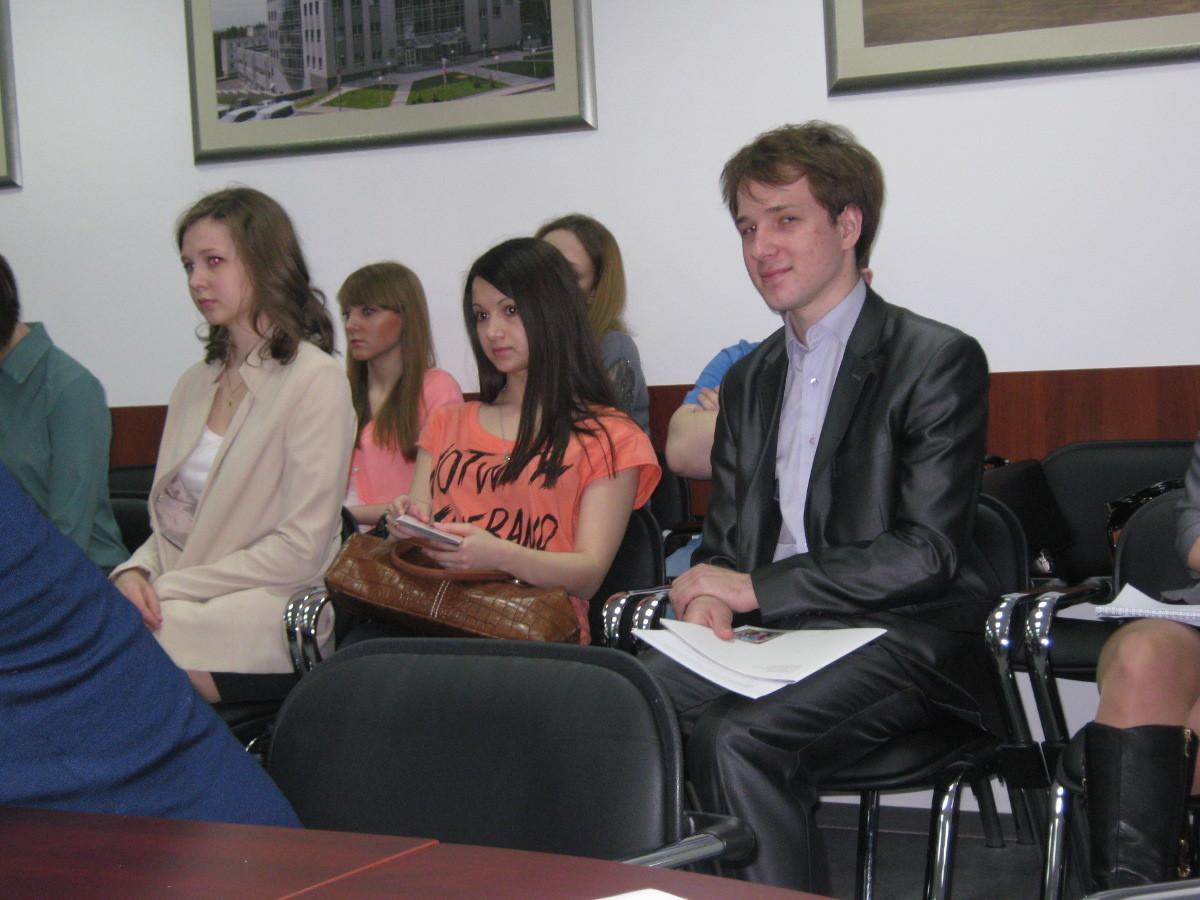 Студенты ГПОкафедры ФСпод руководством профессора доктора социологических наук В.В.Орловой приняли участие встратегической сессии «Инновационному кластеру – молодые таланты»