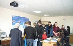 Кафедра сверхвысокочастотной иквантовой радиотехники приглашает выпускников истаршеклассников надень открытых дверей