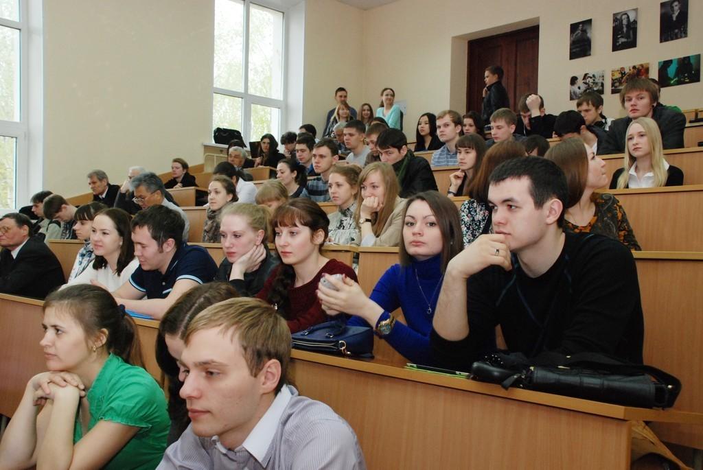 14— 16мая вТУСУРе проходит XIXВсероссийская научно-техническая конференция студентов, аспирантов имолодых учёных «Научная сессия ТУСУР – 2014»