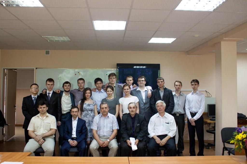 6выпускников кафедры СРСполучили дипломы сотличием