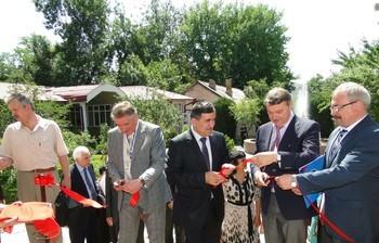 С9 по14 июня поприглашению Республики Таджикистан ИСИБ ТУСУР принял активное участие вднях образования, науки икультуры Томской области