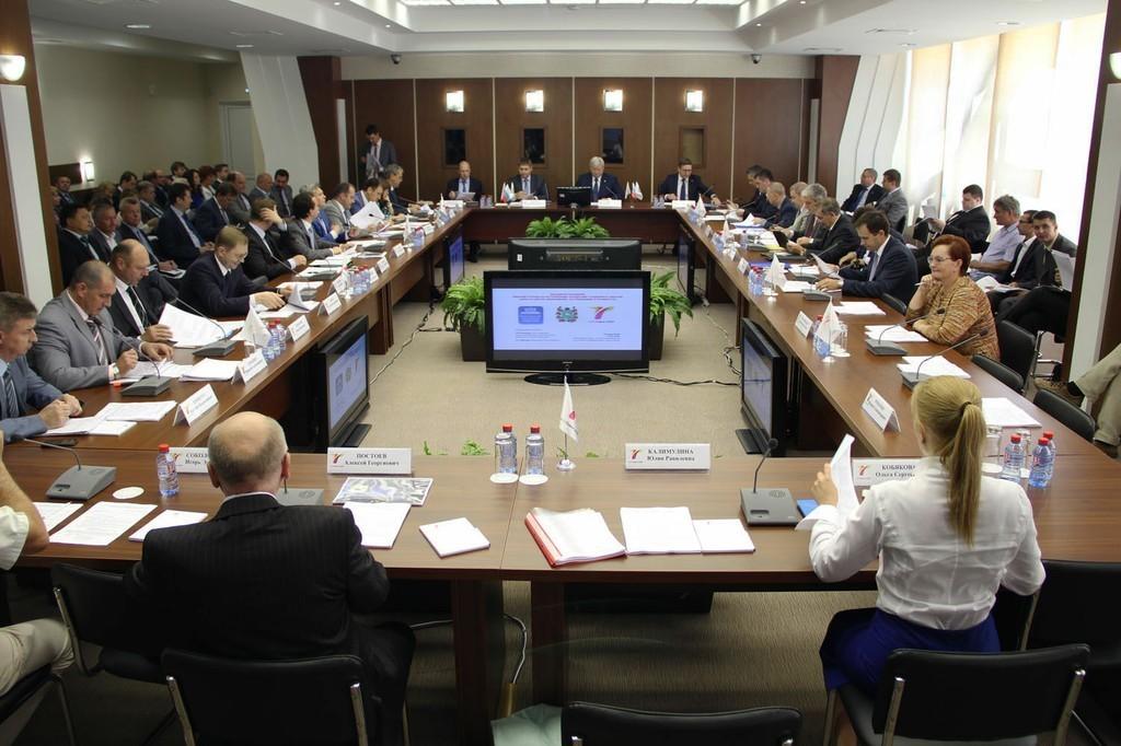 Проректор поинновационному развитию имеждународной деятельности ТУСУР принял участие всовещании поактуализации концепции «ИНО Томск 2020»