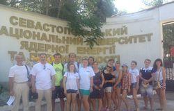 Студенты Института инноватики ТУСУР подруководством А.Ф.Уварова втечение двух недель находились научебной практике вКрыму