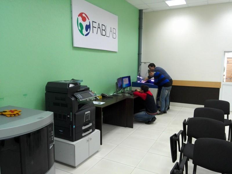 Рабочий визит ЦМИТа «Дружба» ТУСУР вFabLab города Владивосток