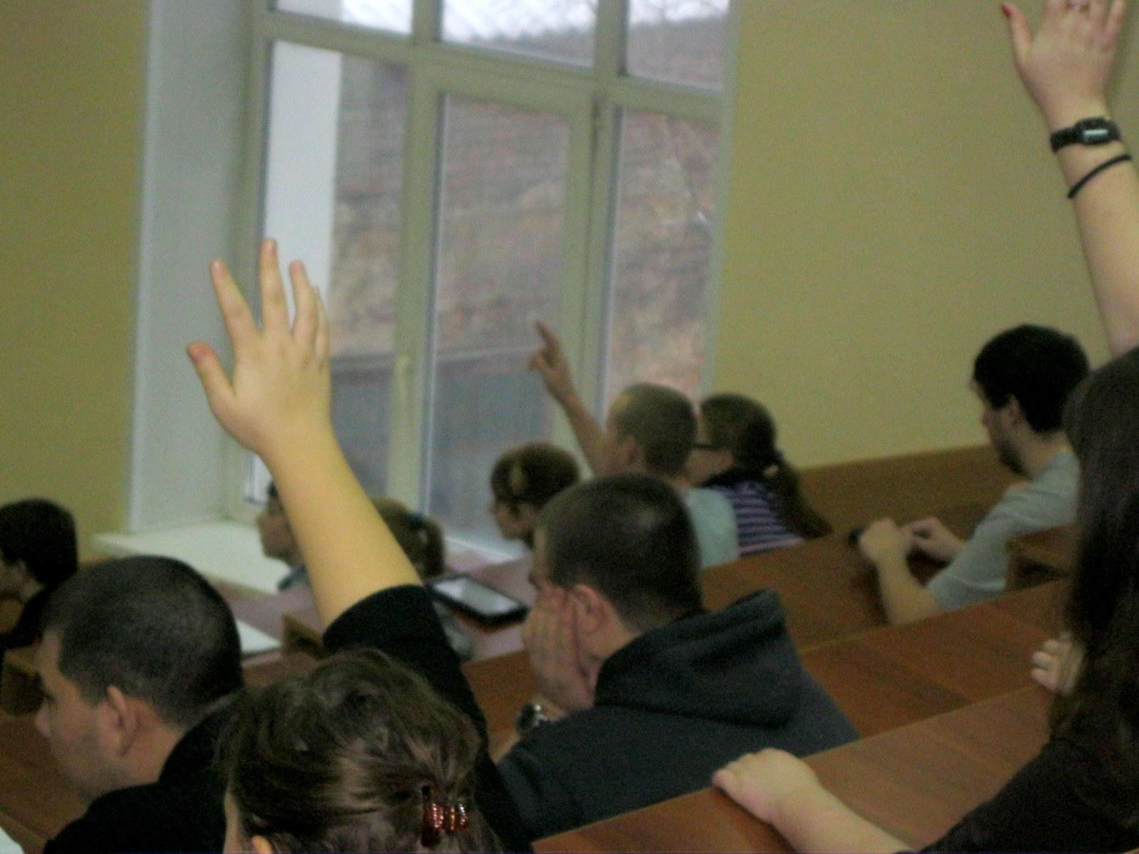 Студенты ГФпровели викторину врамках цикла мероприятий «Вторая мировая война глазами молодёжи»