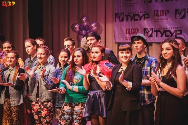 ВТУСУРе впервые прошёл творческий фестиваль «Ваш выход»