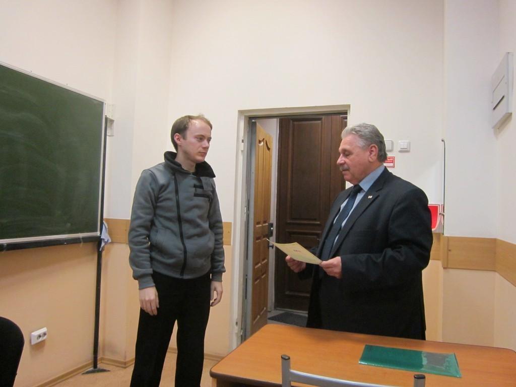 НаФПК состоялось торжественное вручение удостоверений оповышении квалификации