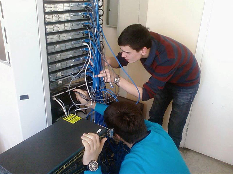 Сетевая академия Cisco проводит раннее бронирование мест накурсах 2015 года