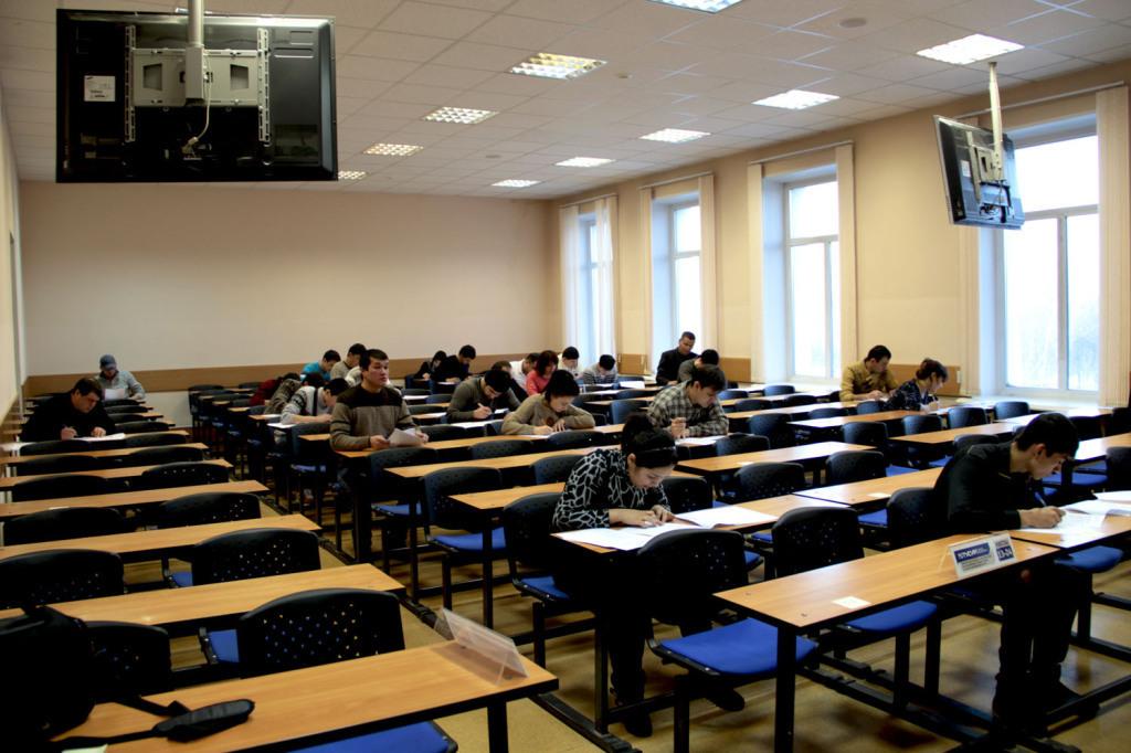 Комплексное тестирование назнание русского языка, истории России иоснов законодательства вТУСУРе прошёл 100-й иностранный гражданин