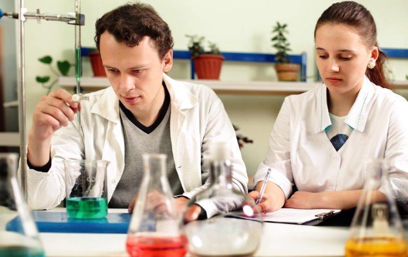 Исследователи ТУСУР изучают воздействие наночастиц наживой организм