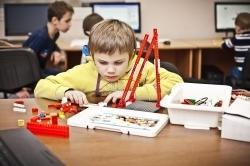 Факультет безопасности ТУСУР продолжает набор пообразовательной программе «Основы робототехники»