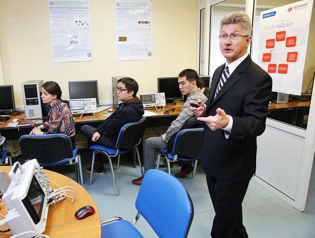 ТУСУР икомпания Keysight Teсhnologies открыли совместный научно-образовательный центр