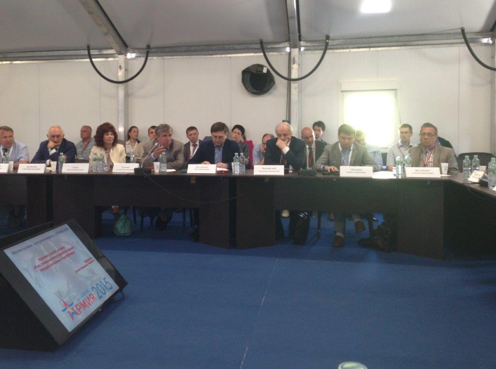 ТУСУР представил рядпредложений наобсуждениях Международного форума «Армия 2015»