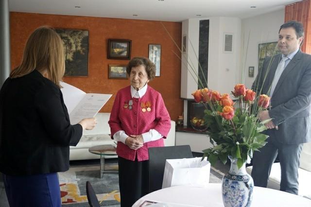 1апреля 2015 г.исполнилось 90лет ветерану Великой Отечественной войны, бывшей заведующей отделом библиотеки нашего университета Кларе Иосифовне Непомнящих