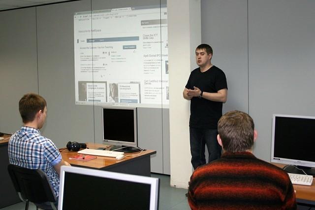 20апреля приступила кзанятиям очередная группа Сетевой академии Cisco ТУСУРа