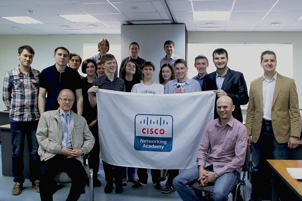 14мая состоялось торжественное вручение международных сертификатов Сетевой академии Cisco студентам группы 431кафедры АСУ