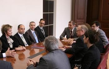 Пресс-релиз от30 мая2011г. ТУСУР подписал соглашения осотрудничестве сизраильскими фирмами, специализирующимися вобласти высоких технологий.