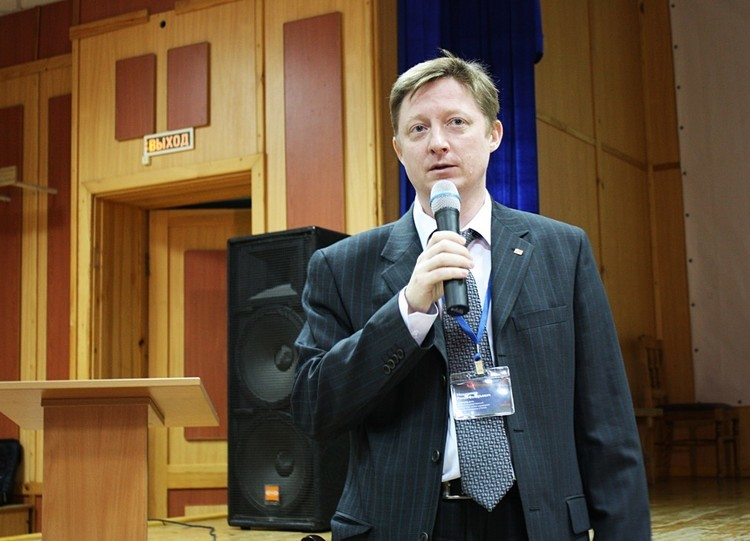 Третья международная школа-семинар «Фотоника нано- имикроструктур» («ФНМС 2015»)