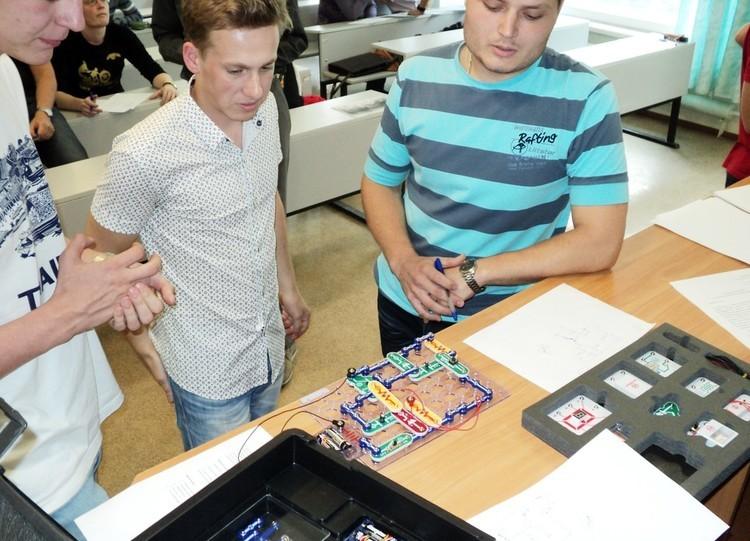 Первый турVIII Международной олимпиады студентов иаспирантов помикроэлектронике (ТУСУР)
