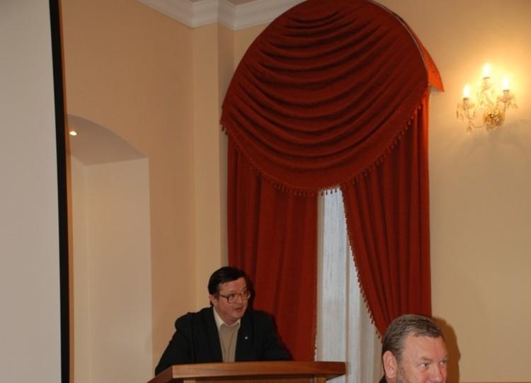 Организационное собрание аспирантов первого года обучения, зачисленных порезультатам вступительных экзаменов в2012 году