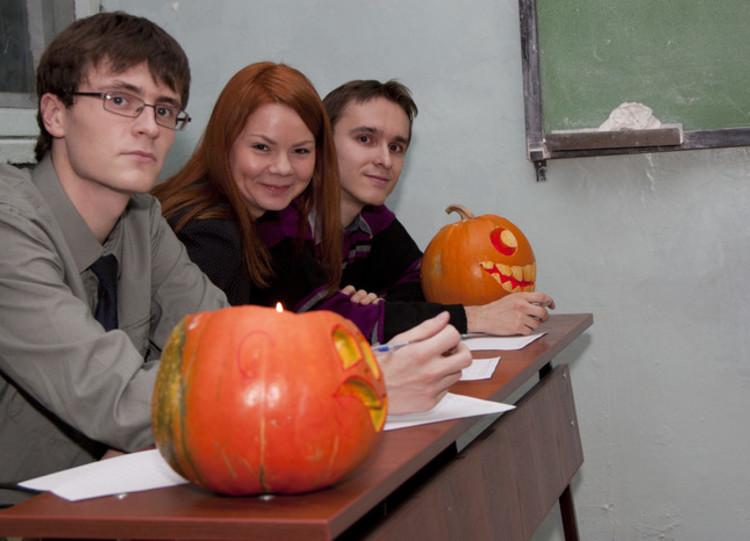 Празднование Хеллоуина накафедре иностранных языков